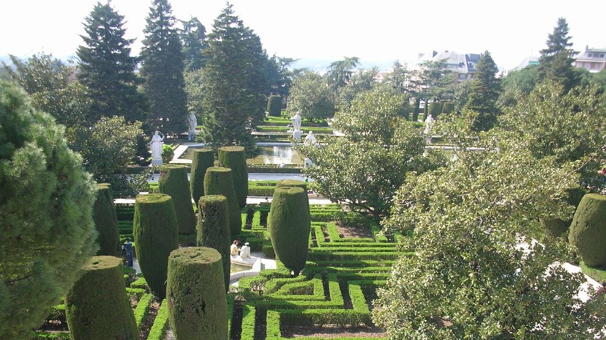Los jardines de sabatini relatar n este s bado 14 la for Jardines de sabatini conciertos 2017
