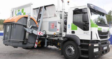 Ciudadanos pide explicaciones a Ahora Madrid sobre la accesibilidad de los nuevos contenedores de basura en Santa Eugenia