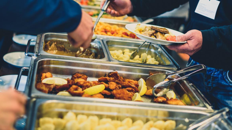 La Comunidad pagará becas comedor a 2.220 alumnos de Escuelas ...