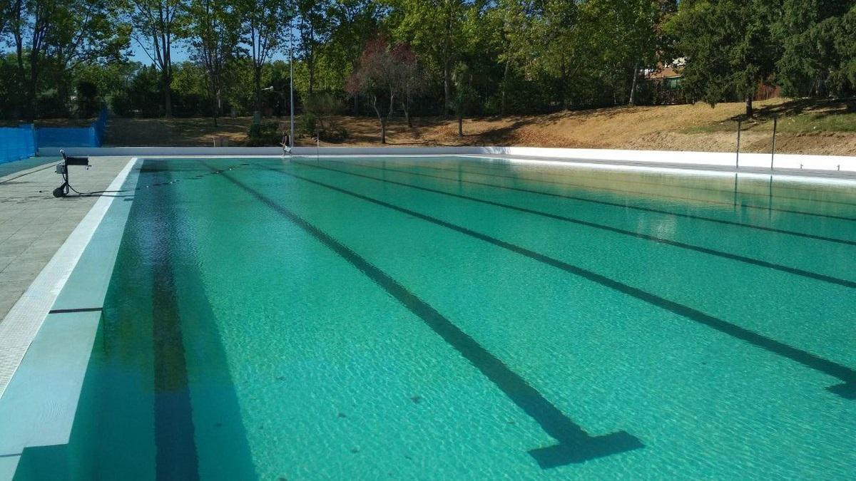 Este mi rcoles abre la piscina de verano de san blas for Piscina olimpica madrid