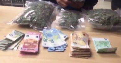 Un joven detenido en Lavapiés por transportar 3 bolsas de marihuana bajo el asiento de su coche