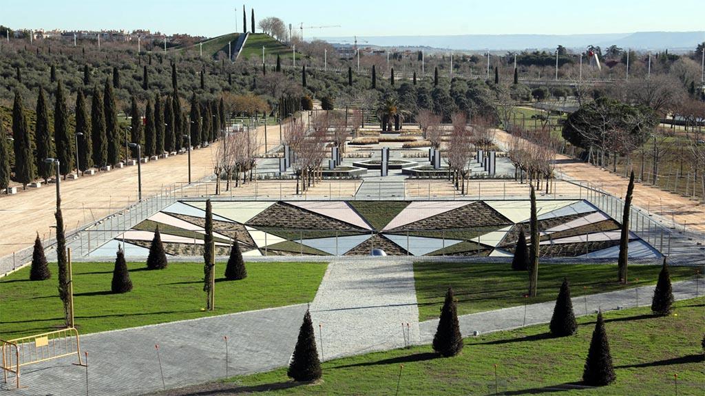 Pp Cs Y Vox Impiden El Cambio De Nombre Del Parque Juan Carlos I Por Parque Del Olivar De La Hinojosa Gacetín Madrid