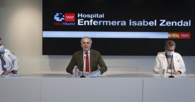 El Hospital Isabel Zendal atiende actualmente a 400 pacientes COVID y cuenta ya con 1.010 trabajadores